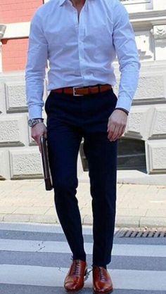 88 Best Outfits Ideas for Bussines Man - Fashionetter Dapper Suits, Mens Suits, Stylish Men, Men Casual, Smart Casual Menswear, Mens Fashion Online, Men Fashion, Fashion Ideas, Man Dressing Style