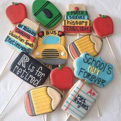 Retirement cookies for a school teacher. #cookiebouquet #teachercookies #decoratedcookies #onecutecookie #cookiesbyjodi pencil/crayon and bus cutters and design by @sweetsugarbelle