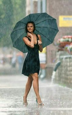 portrait photography portrait photography This image has get. The Effective Pictures We Offer You Rainy Day Photography, Rain Photography, Portrait Photography, Walking In The Rain, Singing In The Rain, Foto Cowgirl, Rain Pictures, Rainy Day Pictures, I Love Rain