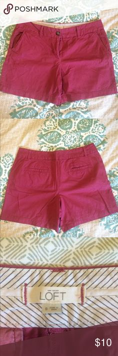 """Berry LOFT Riviera shorts, size 8. 6"""" inseam LOFT Riviera shorts, size 8. Color is a muted pink/berry. Approx 6"""" inseam. Waist and thigh are generous cut. Pockets at sides and back. Great condition! LOFT Shorts"""