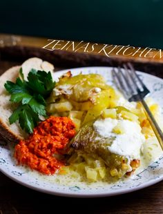 Potatisbakelser - ZEINAS KITCHEN Rice, Eggs, Yummy Food, Meat, Chicken, Breakfast, Kitchen, Red Peppers, Morning Coffee