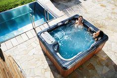 Hot spa rash data. http://www.folliculitistreatment.us/hot-tub-rash.html Hot Tub Relaxing with Hydrotherapy - Artesian Spas Platinum
