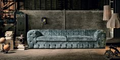 The new Autograph from Max Divani. All the makings of the classic Chesterfield sofa with all the modern comfets. This sofa and love seat is available in many sizes and colors. From fabric to leather. Made in Italy.