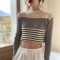 Cropped Sweater Outfit, Sweater Outfits, Pretty Outfits, Pretty Clothes, Mock Neck, Autumn Fashion, Pullover, Sweaters, Color Black