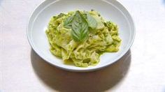 Silk handkerchief pasta with Pesto alla Genovese