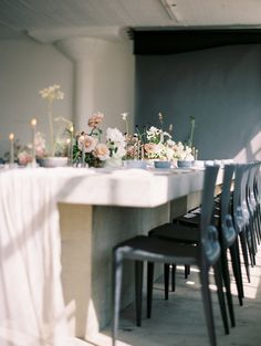 a modern reception tablescape