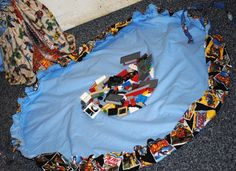 lego organization drawstring bag -- Ruth this is what I was telling you about
