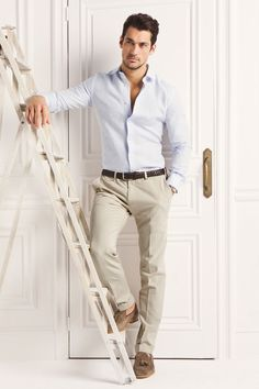 Beige pants with a dark brown belt and light brown shoes + a light blue shirt  #LesBeauxHabits