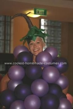 I made this Homemade Grapes Costume for a work Christmas party so the balloons were unfortunately popped quite quickly. I got my flatmate to blow up all th Grapes Costume, Fruit Costumes, Cool Costumes, Group Costumes, Costume Ideas, Homemade Halloween Costumes, Family Halloween Costumes, Halloween Crafts, Halloween Couples