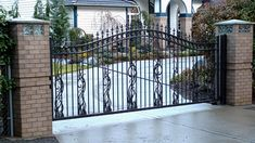 How to choose the best gate design for our home? Here are some of the best as well as simple gate designs for small houses as well as big houses that we have collected specially for you! Simple Gate Designs, Different Types Of Houses, Steel Gate Design, Wooden Gates, Gate House, Small House Design, Big Houses, Small Gardens, Glass Design
