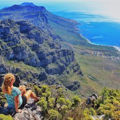 Looking for the most unique things to do in South Africa? From cliffside baths to diving with sharks, use this as your ultimate South African bucket list.