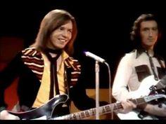 Pilot - Magic (Subtítulos español) Bay City Rollers, Adam Sandler, Coat Of Many Colors, Loretta Lynn, Dolly Parton, Kinds Of Music, Going Crazy, Music Artists, Pop Music