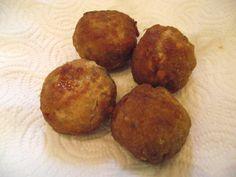 Péntek: 2. Fasírt feltét Muffin, Breakfast, Food, Morning Coffee, Eten, Cupcakes, Muffins, Meals, Morning Breakfast