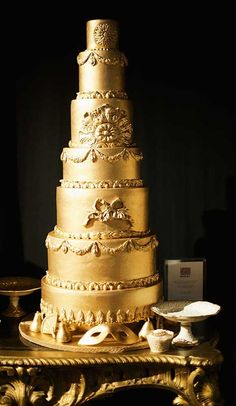 Elizabeth Cake Emporium gold elaborate wedding cake