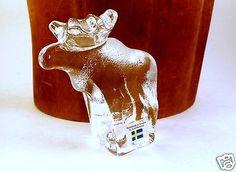 Lindshammar-Swedish-Glass-Moose-Paperweight-Labelled-Scandinavian