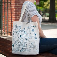 Custom New England tote for Sault