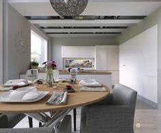 Kitchen in white, Design: Tolicci, Tomáš Belica, Ing. (more: https://www.facebook.com/toliccilivingstyle)