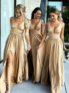Cheap Mixed Style Long Lace Appliques Mermaid Tulle Blush Pink Long Bridesmaid Dresses uk on PromDress. Browse different bridesmaid dress colors and lengths with convertible styles in colors and ways to wear! Champagne Bridesmaid Dresses, Cheap Bridesmaid Dresses, Best Wedding Dresses, Bride Maid Dresses, Dress Wedding, Bride And Bridesmaid Pictures, Backless Bridesmaid Dress, Burgundy Bridesmaid, Champagne Dress