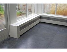 radiator ombouw - Google zoeken Closet Bedroom, Bedroom Decor, Window Seat Kitchen, Radiator Cover, Corner Shelves, Diy Bed, Baseboards, Fixer Upper, Living Room