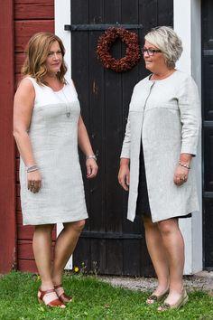 Kappa och klänning Hildur i linne från Lisas Slow Fashion. Coat and dress  in linen fabric. www.lisasdesign.se Made in Sweden. eddf33db2812b