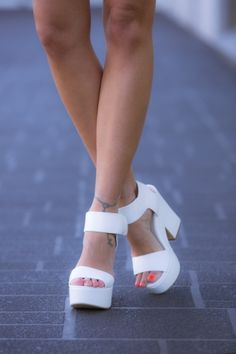 HelloMolly | Lipstik White Jase - Shoes