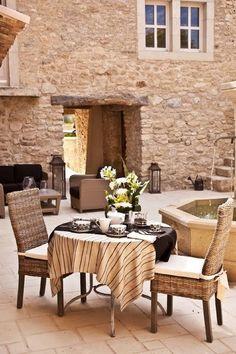 kisFlanc Lakberendezés Dekoráció DIY Receptek Kert Háztartás Ünnepek: Provence-i hotel