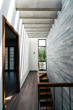 Modern Tropical House, Tropical Houses, Modern House Design, Architecture Design, Rose House, House Extension Design, Home Building Design, Modern Staircase, House Stairs