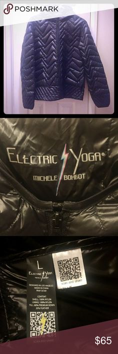 🎈Sale🎈Electric Yoga super light puffer jacket Black Electric Yoga super light puffer jacket. Comes with travel bag. Perfect for travel or everyday use. Gently worn less than a handful of times. Electric Yoga Jackets & Coats Puffers