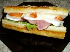 My absolute favourite french loaf with lettuce, pepper-beef, mozzarella, cheese and paprika.
