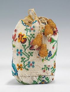 Bag (Coin Purse), 1780–1810, European. glass, linen, silk. Brooklyn Museum Costume Collection at The Metropolitan Museum of Art. Accession Number: 2009.300.2072: