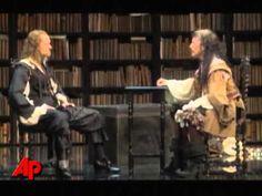 David Hyde Pierce Makes Broadway Return - YouTube