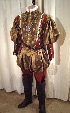 Costume worn by Thomas Culpepper on The Tudors.