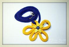 Flower Tricotin necklace by Mi Girano i Gomitoli