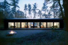 Tutustu tähän mahtavaan Airbnb-kohteeseen: Glass Cabin in the Woods - Mökit vuokrattavaksi in Hillsdale