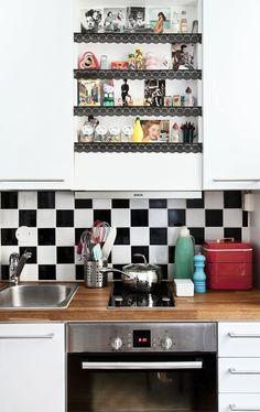 Black and white tiles Decor, Black And White Tiles, Interior, White Tiles, 50s Kitchen, Home Decor, Room Tiles, Kitchen, Kitchen Style