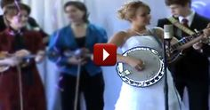 Talented Bride Celebrates her Wedding Day with an Epic Banjo Performance ~~ this is some real fine pickin' bluegrass!