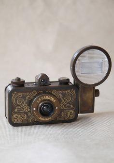 La Sardina Camera Set By Lomography | Modern Vintage Home & Office
