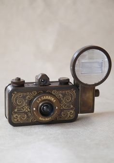 La Sardina Camera Set By Lomography   Modern Vintage All Gifts