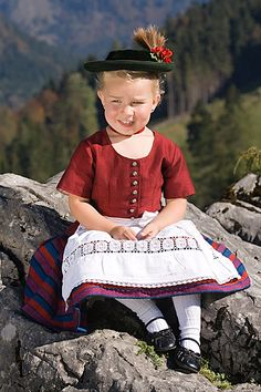 Kids in Tracht. #Madl