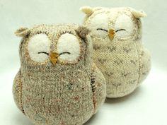 OMG, soooooooo stinking cute!  SARAH, LOOK!!!!!   Oh so cute owls from sweaters, for baby.
