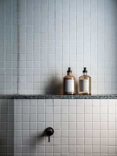 Home Interior Cuadros Bathroom Styling, Bathroom Interior Design, Home Interior, Interior Architecture, Interior Paint, Bad Inspiration, Bathroom Inspiration, Bathroom Toilets, Bathroom Signs