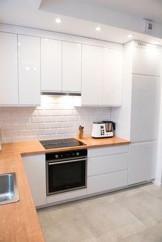 Kitchen Room Design, Kitchen Redo, Modern Kitchen Design, Home Decor Kitchen, Interior Design Kitchen, Home Kitchens, Minimalist Kitchen Cabinets, Kitchen Cabinets Decor, Kitchen Furniture