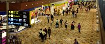 Terminal 1 ผู้คนเดินทางมาที่นี่เยอะจริง ๆ http://www.changiairport.com/at-changi/our-terminals/terminal-1/about