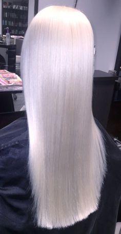 Platinum blonde with @olaplex