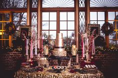 new-years-eve-masquerade-marsala-wedding-ideas-munaluchi-judaavenue-132