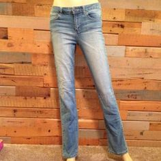 Brand new condition Joe's Beautiful Joe's jeans straight leg fit girls size 16 fits about a size 5-6 excellent condition no holes, stains or signs of wear! 31 inch inseam Joe's Jeans Jeans Straight Leg