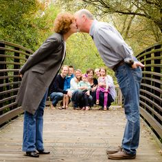 Family with Grandparents Pose Metro Detroit Macomb MI Photographer www.photographybydinamarie.com