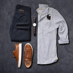 Colorful mens shirts, short sleeve button down men's shirts, casual Mode Outfits, Casual Outfits, Casual Attire, Stylish Men, Men Casual, Mode Man, Herren Outfit, Outfit Grid, Men Street