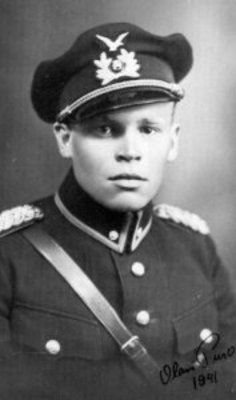 Finnish ace Lt. Olavi Puro, with  35 individual victories and 2 shared in 207 combat missions.