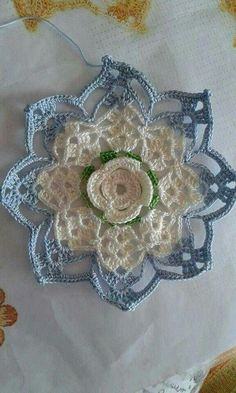 Easy and Cute Free Crochet Flowers Pattern Image Ideas for new Season 2019 - Page 2 of 36 Baby Afghan Crochet Patterns, Crochet Mandala Pattern, Crochet Circles, Crochet Flower Patterns, Crochet Squares, Crochet Designs, Crochet Flowers, Crochet Stitches, Crochet Doilies